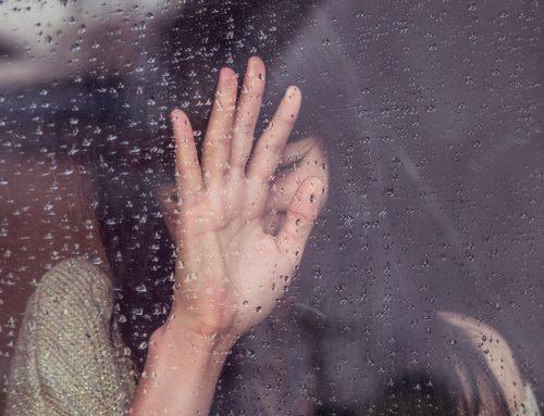 Čustveno doživljanje v procesu soočanja z ločitvijo (strokovni prispevek)